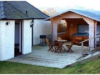 HOT TUB HOLIDAYS - Cupar vacation rentals
