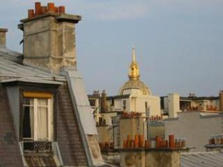 Right on the famous Rue de Cler, 4 guests #197 - Image 1 - Paris - rentals