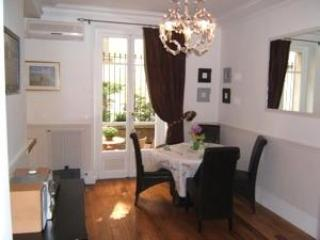 Steps from the Eiffel Tower 2BR/2BA -A/C-#199 - Ardenais vacation rentals