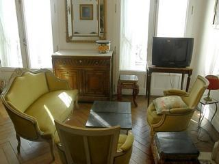 Great 3BR Marais Rue Turbigo - apt #363 (75003) - 14th Arrondissement Observatoire vacation rentals