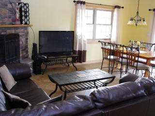 Devil's Lodge - Luxurious Family Vacation Home - Wisconsin Dells vacation rentals