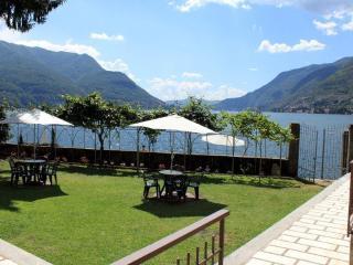 WATERFRONT - LAKE COMO BEACH RESORT  -  Villa Miya - Como vacation rentals
