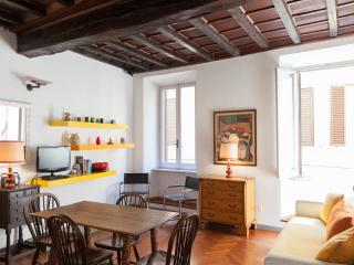 Apartment Francesca in Navona Square Area - WIFI - Rome vacation rentals
