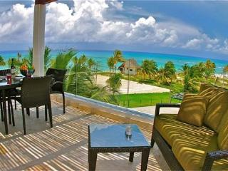 The Elements Penthouse #21 a large 3 Bedroom - Riviera Maya vacation rentals