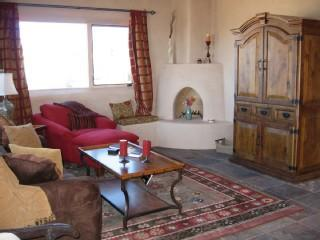 "Taos ""Serenity"" Designer Home- Luxury & Views - Taos vacation rentals"