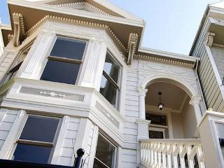Gorgeous 2 Bedroom Victorian Flat in Dolores Park - San Francisco vacation rentals