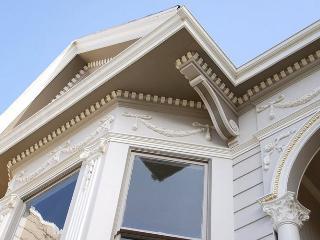 Spacious Victorian Studio next to Dolores Park!!! - San Francisco vacation rentals