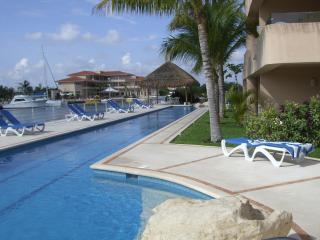 **Luxurious Waterfront Mexican Villa/ Prime locale - Puerto Aventuras vacation rentals