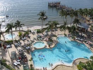 Resort Pool and Hot Tub - Sanibel Harbour Marriott Condo w/ Spa Membership! - Fort Myers - rentals