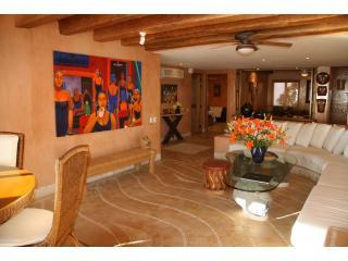 LIVING ROOM - Picture yourself in this luxurious condo with pool - Zihuatanejo - rentals