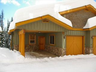 Silver Tip 6 Upper Snow Pines Location Sleeps 6 - Big White vacation rentals
