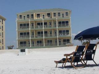 Our Backyard - OCEANFRONT CORNER -2bd/2bth wks-4/11-4/18 discount - Fort Walton Beach - rentals