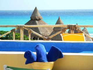 view from roftop solarium - Hot tub Ocean views Priv terr Beach Club  2 BDR - Playa del Carmen - rentals