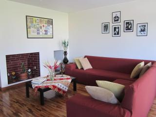 Ideal for couples families executives great views - Quito vacation rentals