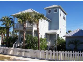 Hang Loose cottage - conveniently located!!! - Destin vacation rentals