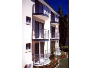 2 bedroom Apartment with Internet Access in Hornsby - Hornsby vacation rentals
