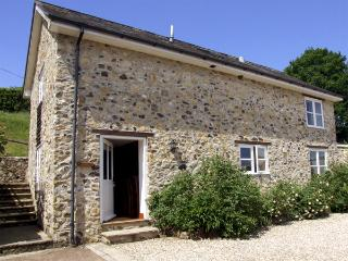 BEECH COTTAGE, family friendly, character holiday cottage, with a garden in Dunkeswell, Ref 3002 - Axminster vacation rentals