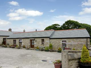 COW SHED COTTAGE, with a garden in Mabe Near Falmouth, Ref 1334 - Mabe vacation rentals