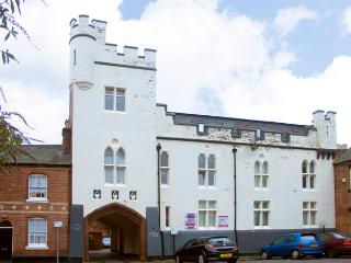 5 ALBION MEWS, character holiday cottage,  in Chester, Ref 1950 - Liverpool vacation rentals