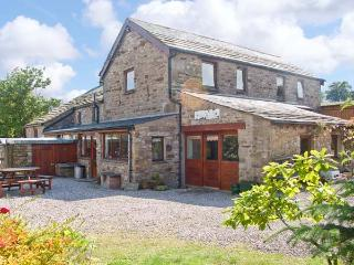 BRANT VIEW, character holiday cottage, with a garden in Sedbergh, Ref 1292 - Sedbergh vacation rentals