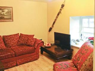 BUDLE COVE, pet friendly, with a garden in Bamburgh, Ref 2101 - Bamburgh vacation rentals