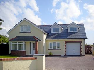 BYWAYS, family friendly, luxury holiday cottage, with a garden in Valley, Ref 2997 - Island of Anglesey vacation rentals