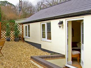 JOLLY'S COTTAGE, country holiday cottage, with a garden in Goodrich, Ref 2369 - Herefordshire vacation rentals