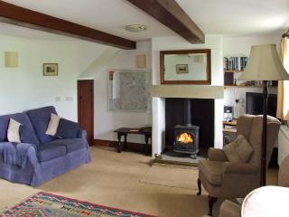 SPOUT COTTAGE, pet friendly, character holiday cottage, with pool in Gratton, Ref 2126 - Gratton vacation rentals