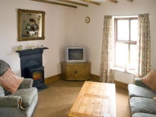 SEA VIEW, pet friendly, luxury holiday cottage, with a garden in Greenodd, Ref 1772 - Greenodd vacation rentals