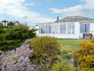 SILVERDALE, with sea views and a garden in Roa Island, Ref 1383 - Ulverston vacation rentals