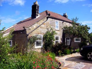 THE PIGGERY, pet friendly, luxury holiday cottage, with a garden in Sleights, Ref 1414 - Sleights vacation rentals