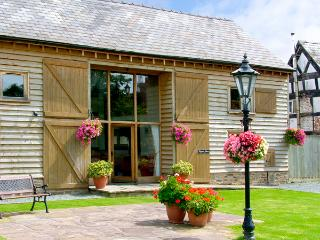 TIPPETS VIEW, family friendly, character holiday cottage, with a garden in Luntley, Ref 2217 - Allensmore vacation rentals