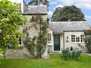 WATERSIDE COTTAGE, family friendly, country holiday cottage, with a garden in - Hovingham vacation rentals