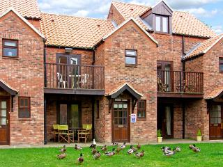 HERONS REACH, pet friendly, with a garden in Whitby, Ref 3627 - Whitby vacation rentals