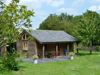 THE SPRINGS, romantic, luxury holiday cottage, with pool in Ryde, Isle Of Wight, Ref 2906 - Gurnard vacation rentals