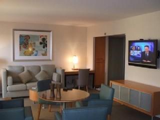 Over 600 Sq. Ft. Of Elegant Open Living Space!! - LUXURY SUITE IN HONOLULU HAWAII (2015 NOW OPEN) - Honolulu - rentals