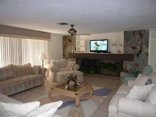 Executive waterfront pool home / Pet friendly - Fort Myers Beach vacation rentals
