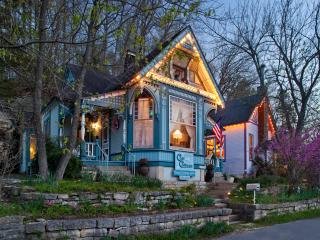 Cliff Cottage Inn - Luxury B&B Suites and Historic Cottages - Eureka Springs vacation rentals