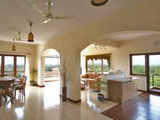 GOA 4 Bed/ 4 Bath Luxury Apt with Panoramic views - Dona Paula vacation rentals