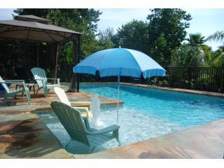 Relax at the pool - Charming Captiva Cottage - Captiva Island - rentals