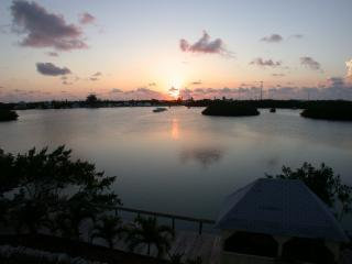 waterfront gated home, heated pool, boat dock, Bayview sunsets, lot of parking - Marathon vacation rentals