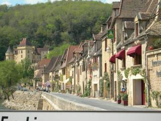 LaRoque Gageac, One of the most beautiful villages of France - Dordogne Riverview Stonehouse near Sarlat - La Roque-Gageac - rentals
