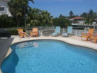 Tropical Pool Home-May 2-9 Available - Call Now! - Key Colony Beach vacation rentals