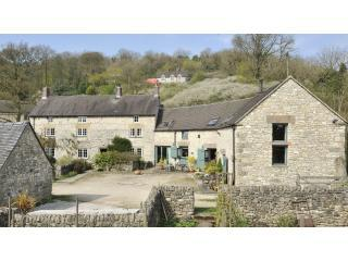 Tom's and Douglas's Barns at Orchard Farm in the beautiful Derbyshire Peak District - Tom's Barn: a very special romantic cottage for 2 - Parwich - rentals