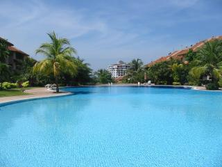 Nice Condo with Internet Access and Garden - Langkawi vacation rentals