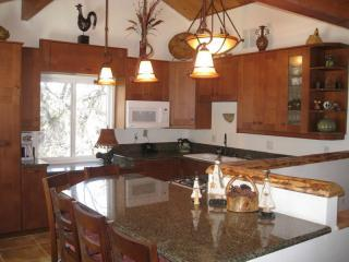Completely Remodeled Kitchen With Lovely View - Moonridge Getaway:  Pool Table, Close to Slopes! - Moonridge - rentals