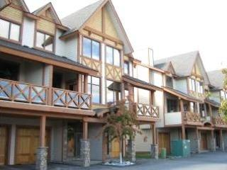 Perfect Home for Skiing, Hiking, Biking & Golfing - Canmore vacation rentals