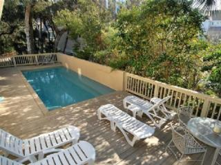 4 bedroom House with Deck in Forest Beach - Forest Beach vacation rentals