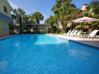 Siesta Key Vacation Rentals/Banana Bay Club Resort - Siesta Key vacation rentals