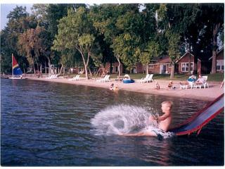 Family beach cabin-Spicer, Minnesota - Spicer vacation rentals